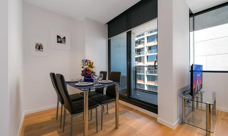IRONFISH UPPER WEST SIDE APARTMENTS MELBOURNE - RATES FROM ...